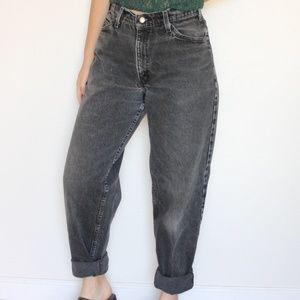 Vintage Levi's 560 Mom Jeans